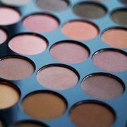 Makeup-Revolution-Palette-Ultra-Fards-A-Paupires-32-Teintes-Mat-parfait-0-2
